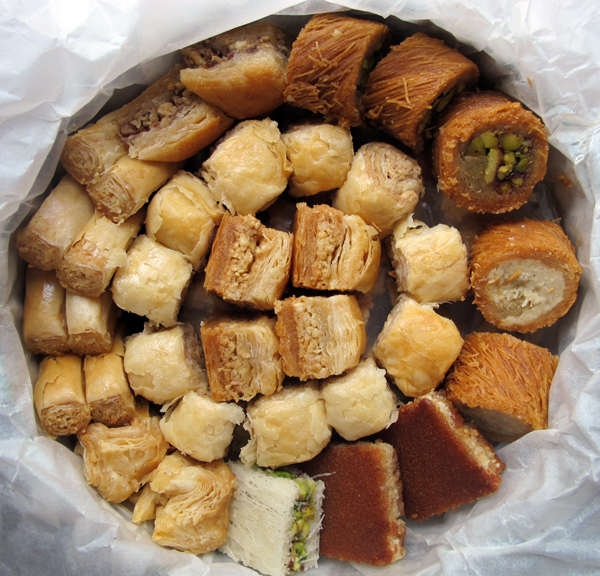 Assorted Lebanese baklawa
