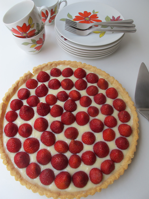 quebec strawberry tart with pastry cream
