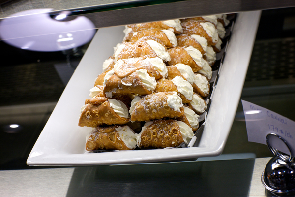 best cannoli in montreal © Will Travel for Food