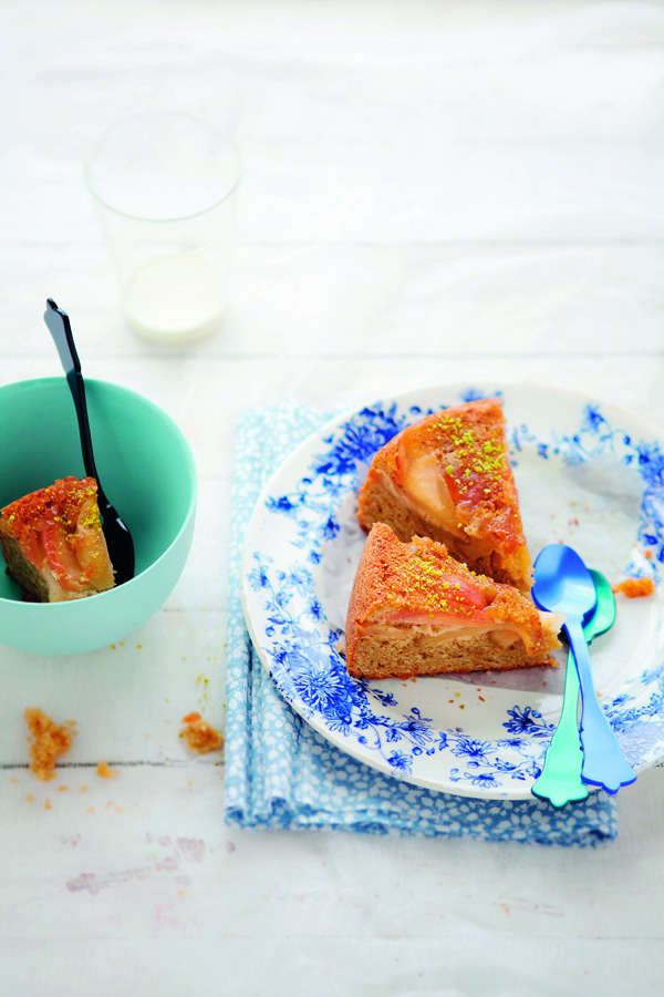 Upside Down Apple Cake recipe {Photo: Aran Goyoaga}