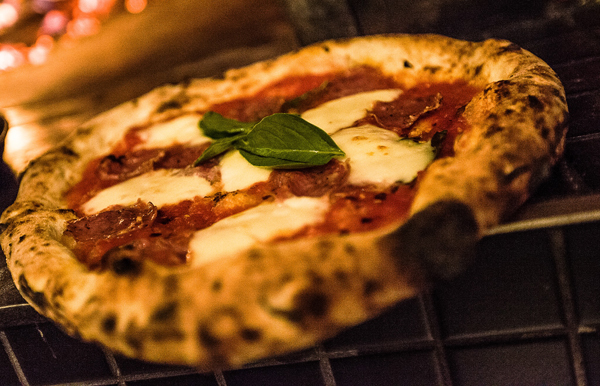 Some of the best pizza places in montreal will travel for Four pizza exterieur