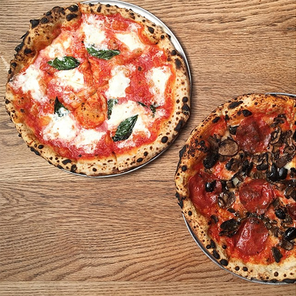 best pizza new york robertas © Will Travel for Food