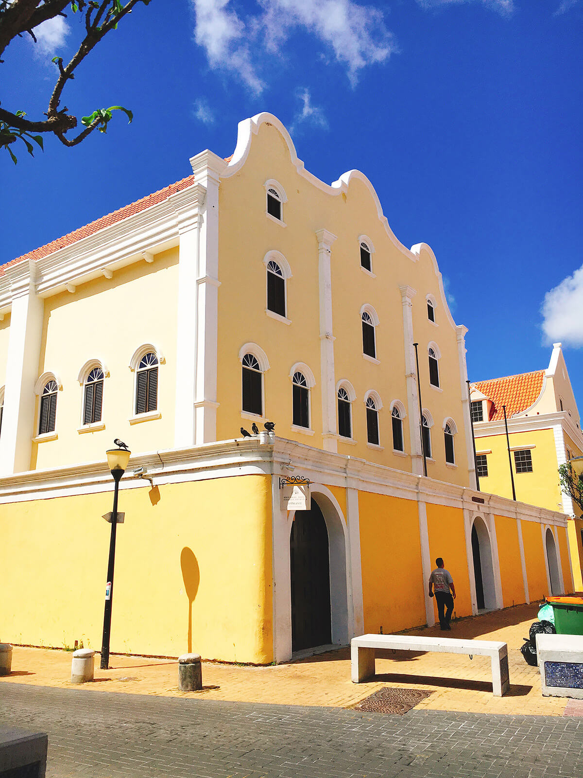 walking-tour-willemstad-curacao © Will Travel for Food