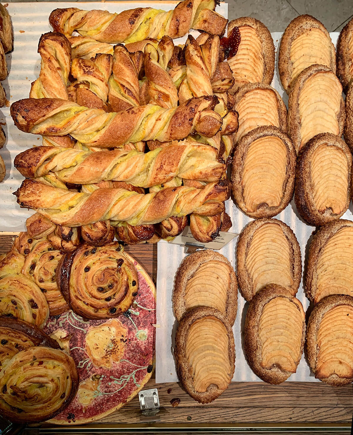 du-pain-et-des-idess-best-bakery-paris © Will Travel for Food